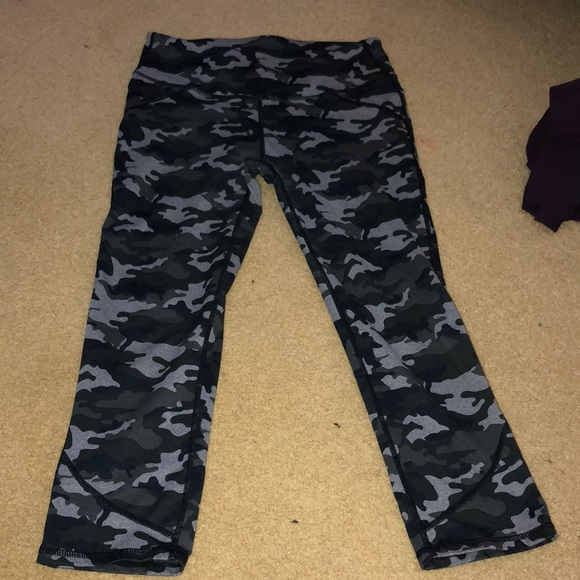 ddc581814d9ec Fabletics Pants | Camo Leggings | Poshmark